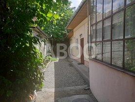 Casa de vânzare 4 camere, în Făgăraş, zona Central