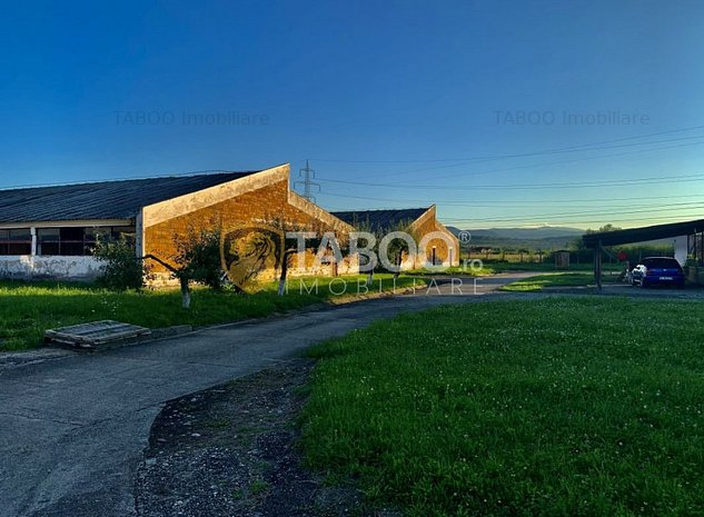 De vanzare fost Complex Zootehnic cu suprafata de 3 ha in Sibiu - imaginea 1