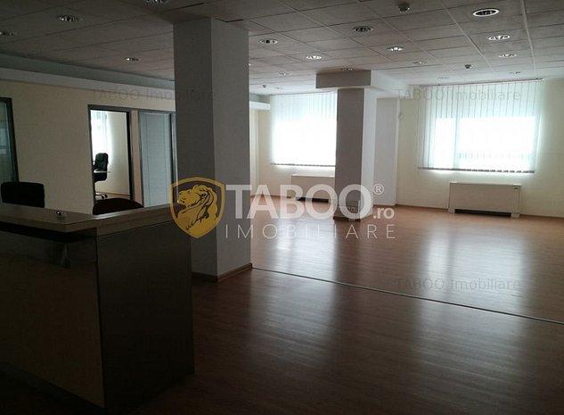 Spatiu birouri de inchiriat pretabil sediu banca Sibiu zona Centrala - imaginea 1