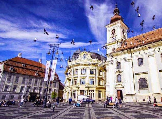Spatiu comercial cu vitrina de inchiriat zona Ultracentrala Sibiu - imaginea 1