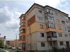 Apartament de vânzare 2 camere, în Campulung-Muscel