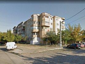 Apartament de vânzare 3 camere, în Calafat, zona Sud