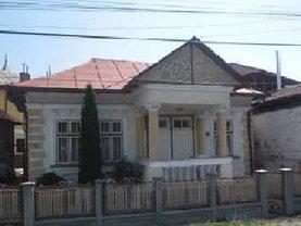 Casa de vânzare 3 camere, în Pietrosita