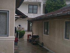 Casa de vânzare 11 camere, în Gruiu (Căteasca)