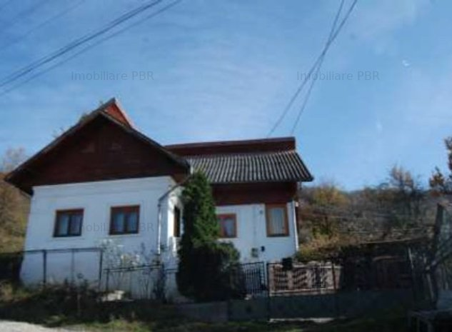 Teren 4100 mp si casa 108,99 mp - Campulung, Arges - imaginea 1