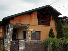 Casa de vânzare 4 camere, în Băicoi, zona Est