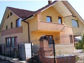 Casa de vânzare, în Bistriţa, zona Cetăţii