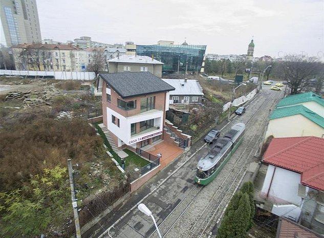 Spatiu de birouri 50 mp linga Palatul de Justiei Iasi - imaginea 1