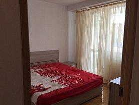 Apartament de închiriat 3 camere, în Piatra-Neamt, zona Central