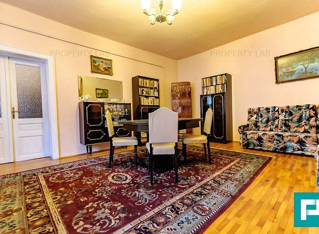 Apartament la casa cu 4 camere ultracentral - imaginea 1