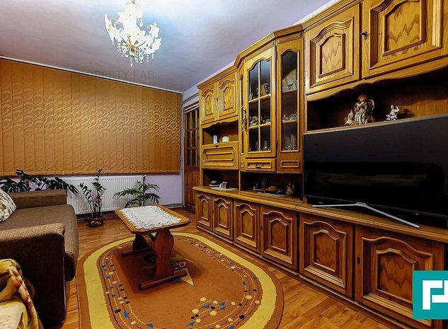 Apartament cu 3 camere in Pecica - imaginea 1