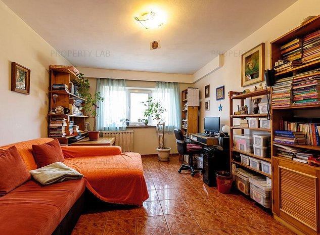 Apartament spatios decomandat 3 camere Alfa - imaginea 1