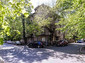 Casa de vânzare 15 camere, în Arad, zona Ultracentral