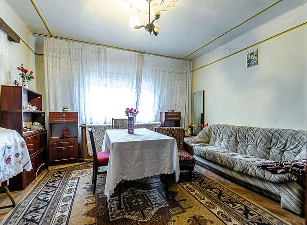 Casa cu 4 camere si teren generos, Sannicolau Mic - imaginea 1