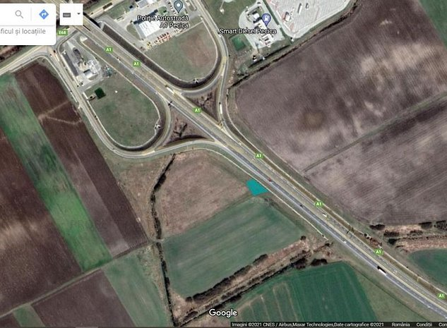 Teren langa autostrada - imaginea 1