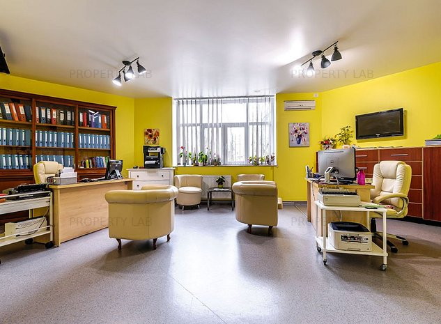 Cabinet medical, Policlinica Municipala Arad. - imaginea 1