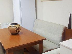 Apartament de închiriat 2 camere, în Resita, zona Micro IV