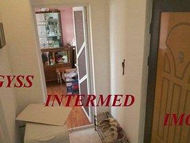 Apartament de vânzare 3 camere în Tulcea, Big