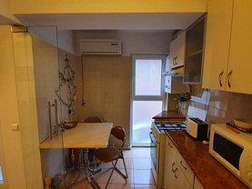 Apartament de vânzare 2 camere, în Tulcea, zona Babadag