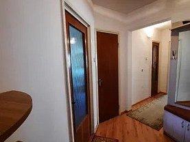 Apartament de vânzare 2 camere, în Tulcea, zona Piaţa Nouă