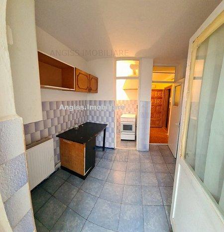 Apartament 2 camere Flacara Vie etajul 4 cu Pod - imaginea 1