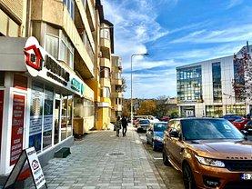 Apartament de vânzare 3 camere, în Tulcea, zona Păcii
