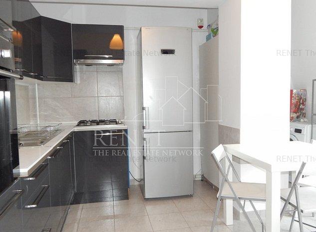 Apartament  in cladire noua , 3 camere , mobilat - imaginea 1