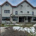 Casa de vânzare 10 camere, în Glina, zona Sud-Vest
