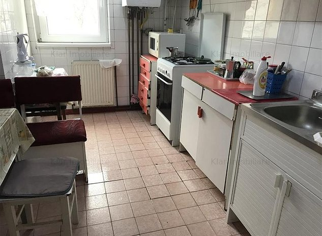 Vanzare apartament 4 camere Marasti zona strazi Bucuresti - imaginea 1