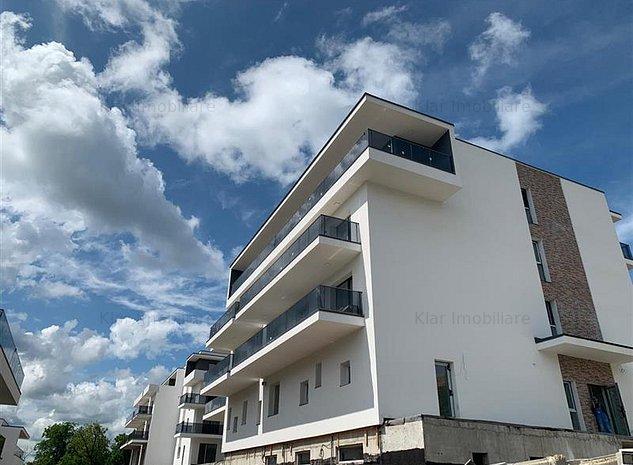 Apartament Doua Camere In Bloc Tip Vila Cu Panorama Finisat - imaginea 1
