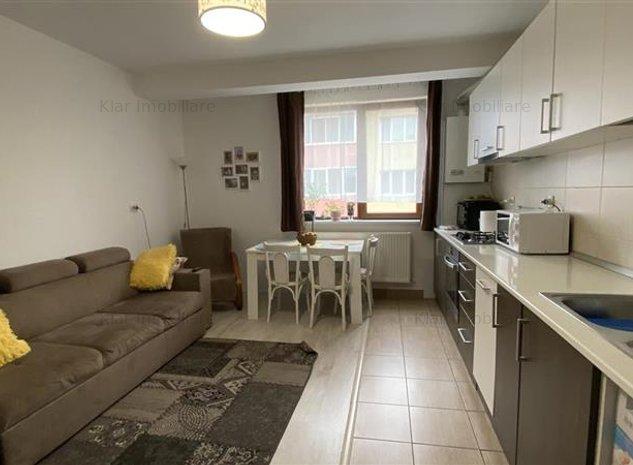 Apartament 3 camere, loc de parcare, zona Terra! - imaginea 1