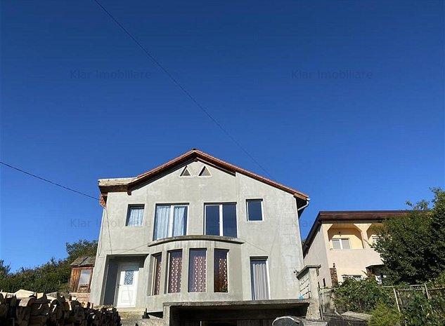 Casa P+2E,cu panorama superba spre oras si teren 1213mp - imaginea 1