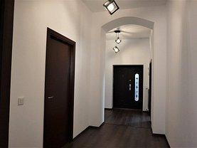 Apartament de vânzare sau de închiriat 4 camere, în Bucuresti, zona Centrul Istoric
