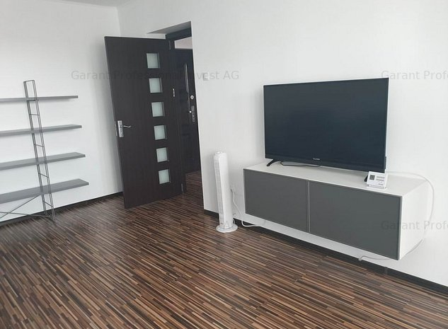 Apartament 3 camere, Ultracentral, mobilat, utilat, nou, premium. - imaginea 1