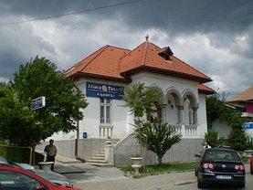 Casa de vânzare 10 camere, în Râmnicu Vâlcea, zona Central