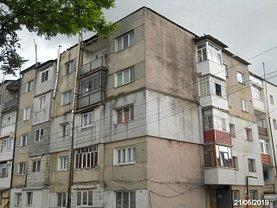 Apartament de vânzare 2 camere, în Saveni