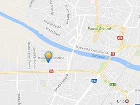Apartament de vânzare 3 camere, în Satu Mare, zona Micro 15