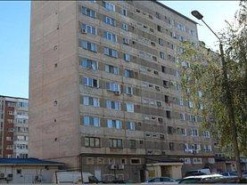 Apartament de vânzare 3 camere, în Reşiţa, zona Luncă