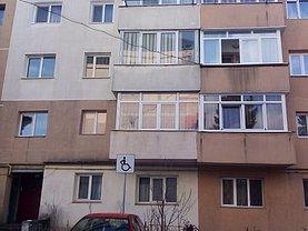 Apartament de vânzare 3 camere în Suceava, Periferie