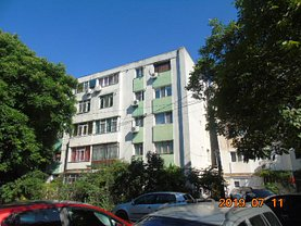 Apartament de vânzare 2 camere, în Galati, zona Central