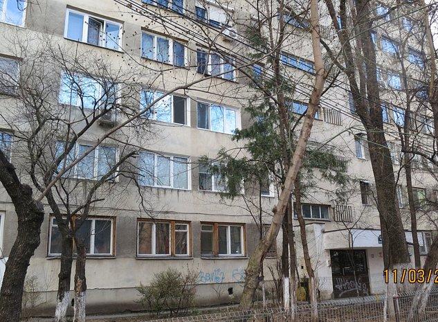 R01880 Apartament 3 camere Drumul Taberei Sector 6 - imaginea 1