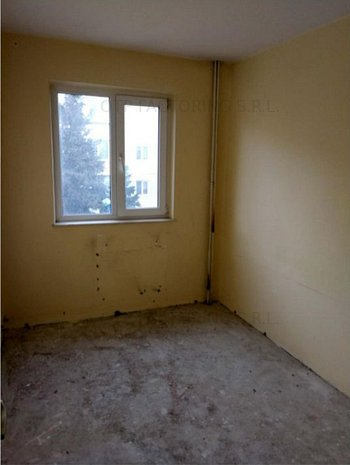 R9879 Apartament 3 camere Centrul Nou Brasov (fara comision) - imaginea 1