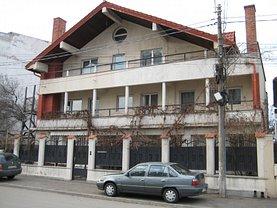 Casa de vânzare, în Constanţa, zona Casa de Cultură