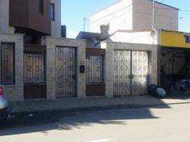 Casa de vânzare 8 camere, în Constanta, zona Tomis II