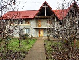 Casa de vânzare 7 camere, în Vaslui, zona Spital