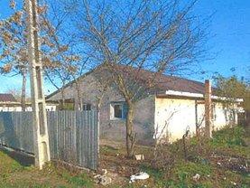 Casa de vânzare, în Răzvani
