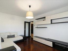 Apartament de închiriat 4 camere, în Iaşi, zona Independenţei