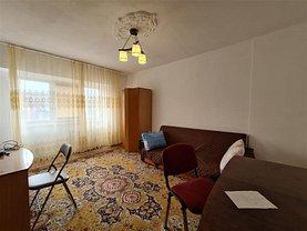 Apartament de vânzare 4 camere, în Iaşi, zona Arcu