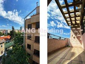 Apartament de vânzare 5 camere, în Bucureşti, zona P-ţa Romană