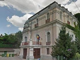 Casa de vânzare 12 camere, în Bucuresti, zona Cismigiu